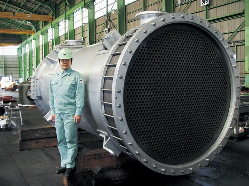 レスボン®不浸透黒鉛製機器 套管式熱交換器
